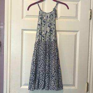 Forever 21 Dresses - Floral self-tie swing dress